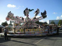 Jump & Smile funfair hire